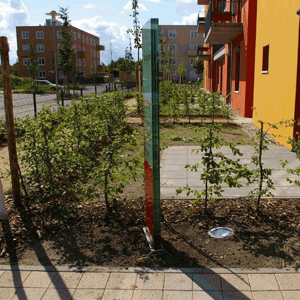 kültéri üveg totemoszlop